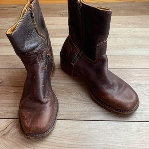 Frye | Dark Brown Boots | Size 9.5